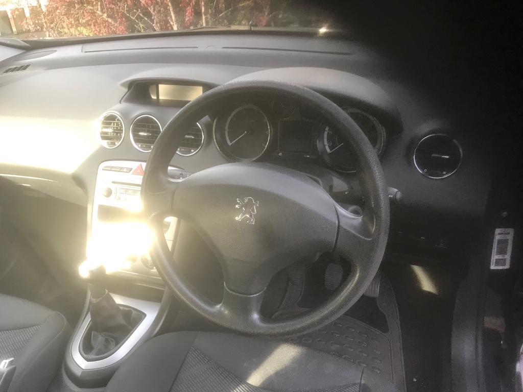 Peugeot 308 1.4 petrol low mileage 67466 miles