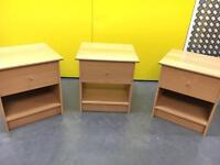 Woddie cabinets x3