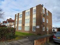 2 Bedroom 2nd Floor Flat - Fully Furnished - Fitted Kitchen - Available Now