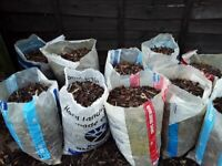 FREE used garden bark in bags.