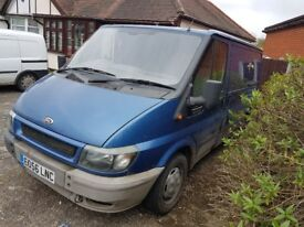 Ford transit 2006 , 56 plate runs and drives , great arround town , cut out every now and then