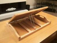 Folding laptop tray