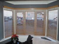 Oak horizontal window blinds and pelmits