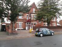 *ONE BEDROOM STUDIO FLAT*VERY NICE LOCATION *OFF STREET PARKING**WATER RATES INCLUDED**ST PETERS RD*