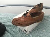 Office summer shoes size 10