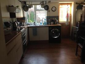 2 secure private dbl rooms in clean quite house all bills included - access now - £400pcm