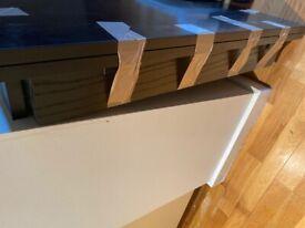 Black extendable table