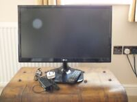 LG24MT 46D FLAT SCREEN TV ONLY USED FOR SIX MONTHS AS NEW