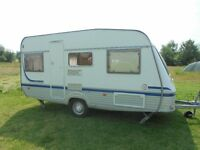 2004 TEC TRAVEL KING SMALL LIGHTWEIGHT 4 BERTH FIX BED CARAVAN WITH AWNING