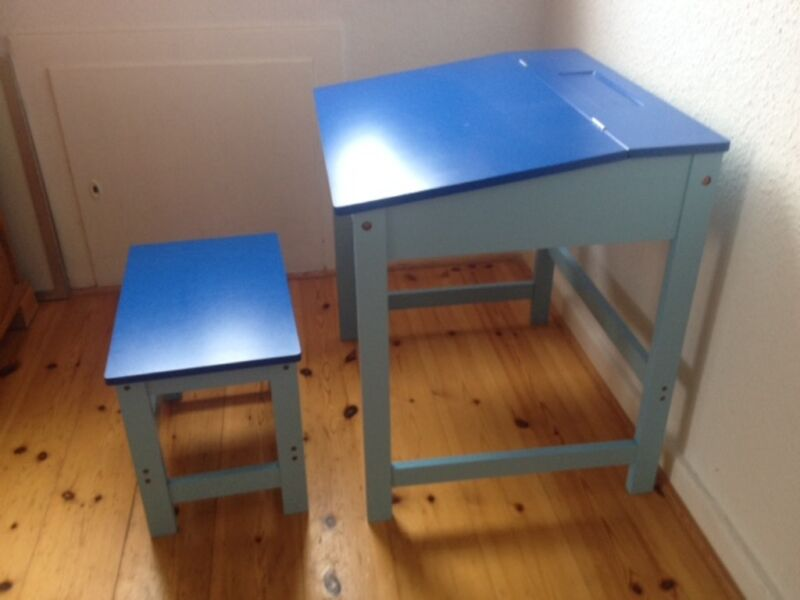 kinderschreibtisch in blau in kiel hassee vieburg ebay. Black Bedroom Furniture Sets. Home Design Ideas