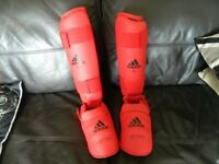 adidas kick boxing pads - in very good condition