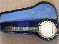 Ukulele Banjo 1920's original with case