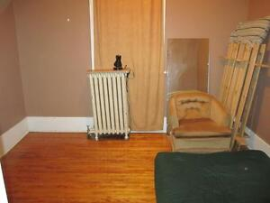 Two Bedroom Apartment, Downtown Peterborough, Oct 15/Nov 1 Peterborough Peterborough Area image 5