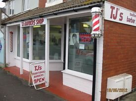 barber qualified wanted by tjs barbers, young staff, busy salon,good wages,full/part-time