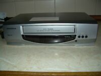 Grundig VHS recorder player