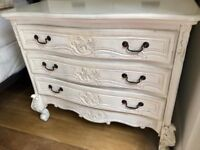 French Shabby Chic Chest of Drawers/Draws