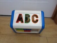 VINTAGE TODDLER SHAPE SORTER in sturdy plastic with various activities & all pieces - RARE DESIGN