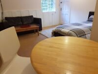Furnished, Comfortable and Centrally Heated Bedsit. Recently Decorated. Centre of Faringdon Town