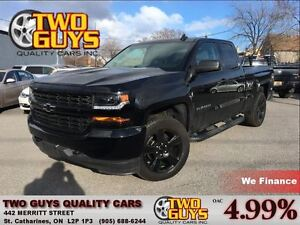 2016 Chevrolet Silverado 1500 WOW KMS!! BLACK OUT PCKG V8 4X4