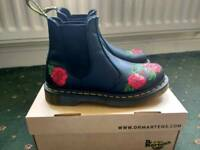 NEW - Dr Martens Black Rose Chelsea Boots
