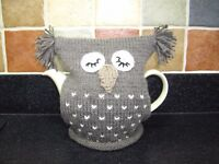 Hand Knitted Owl Tea Cosy in Brown