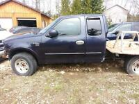 Parting out 1999 Ford F150 Extended cab 4X4