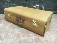 Fabulous large Overpond travel case in pristine condition