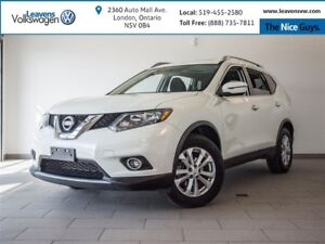 2016 Nissan Rogue SV AWD+HEATED SEATS+PANOSUNROOF+BACK UP CAM
