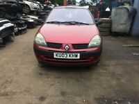 2003 Renault Clio Expression 16V 5dr Hatchback Petrol 1.2L Red BREAKING FOR SPARES