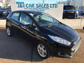 FORD FIESTA 1.0 ZETEC 5d 79 BHP A GREAT EXAMPLE INSIDE AND OUT (black) 2014