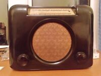 Bush DAC90 Bakelite Valve Mains Radio