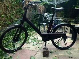 Black city bike