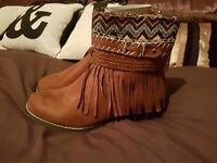 New ladies boots size 6