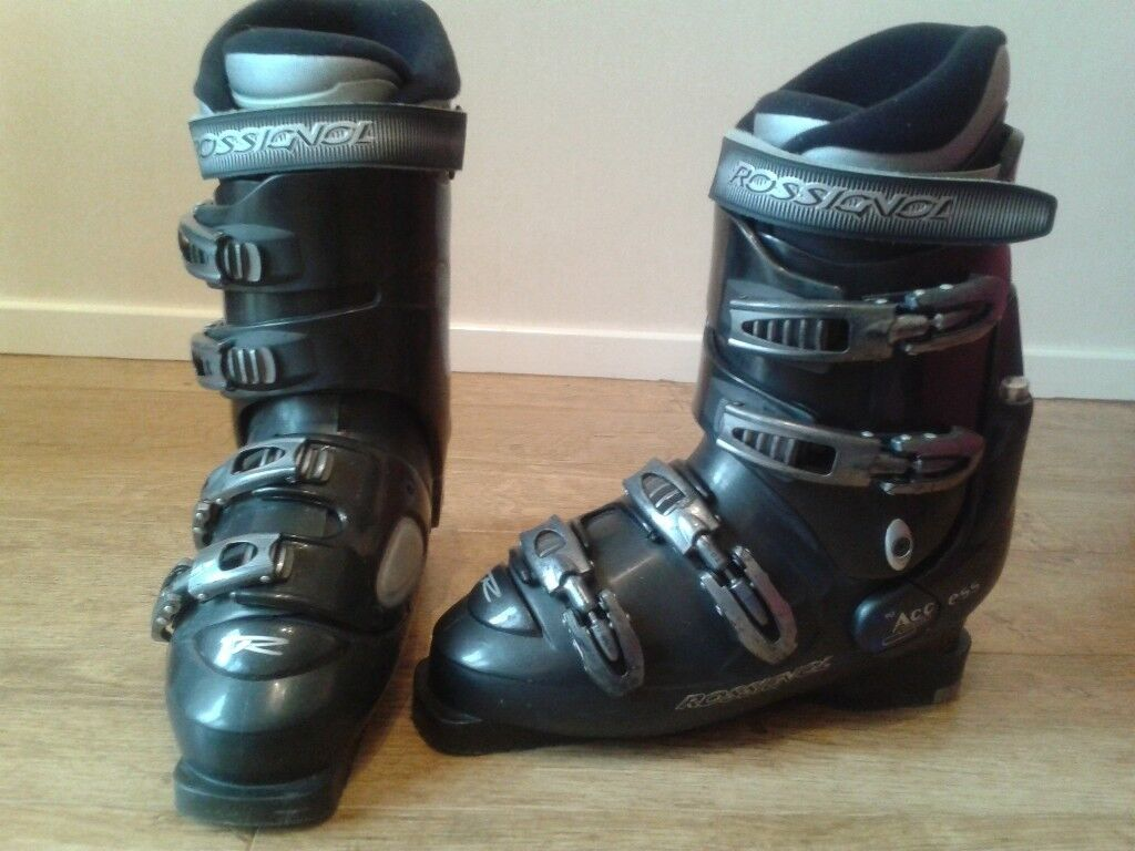 Gents Rossignol Ski Boots, Boot Bag and Bloc Sunglasses