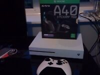 ***Xbox one s 500gb with Fifa 17, Astro a40 headset and Scuf infinity one controller***