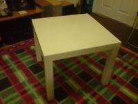 Coffee Table : white