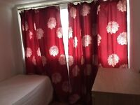NICE AND NEW SINGLE ROOM AVAILABLE IN ZONE 2. ALL INCLUDED