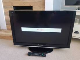 "PANASONIC 32"" VIERA TX-L32G10B 1080P HD LCD INTERNET TV"