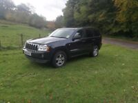 STUNNING JEEP GRAND CHEROKEE STUNNING CONDITION LOW MILES PRIVICY GLASS!! FULL LEATHER!