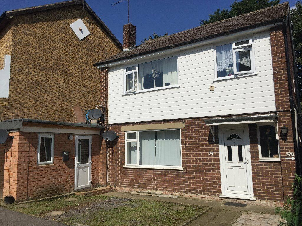One bedroom ground floor flat in Greenhithe - will go quickly