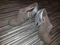 Ladies size 4 shoes bundle