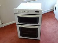 Hotpoint BD31 Integrated Double Electric Oven in Used Very Good Condition