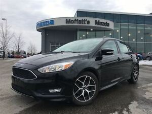 2016 Ford Focus SE HATCH. SUNROOF, BACKUP CAMERA, HEATED SEATS