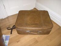 Vintage American Touristor Leather Effect 4 Wheel Suitcase