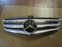 GENUINE MERCEDES C CLASS AMG SPORT GRILLE 2007-2014 MODEL