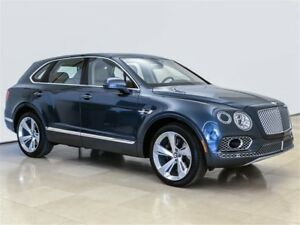2018 Bentley Bentayga Onyx NEW LEASE AT 2.7% CALL FOR DETAILS