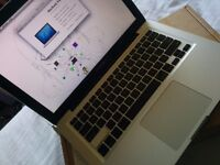 macbook pro,2012 model,8gb,i7-2.9ghz,750gb.