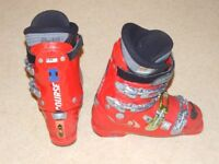 Salomon Ski Boots size UK 8, US 8.5, 42