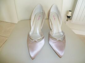 Rainbow Wedding Shoes in Blush. Size 4.5