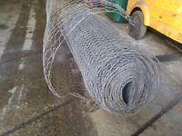 LARGE ROLL OF CHICKEN WIRE